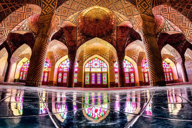 Plate LL fisheye mosquecredited © Mohammad Reza Domiri Ganji